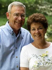 Authors Jim and Marion Applegate
