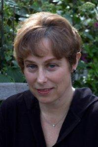 Author Libby Fischer Hellmann